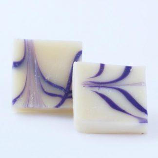 Jabón lavanda color